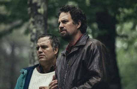 """Mark Ruffalo emocionou o público na minissérie """"I know this much is true"""" (2020), da HBO, na pele dos irmãos Dominick e Thomas Divulgação"""