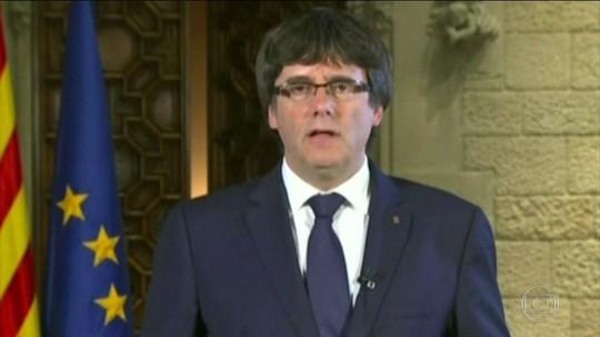 Líder catalão diz que vai rejeitar decisão de tirá-lo do poder