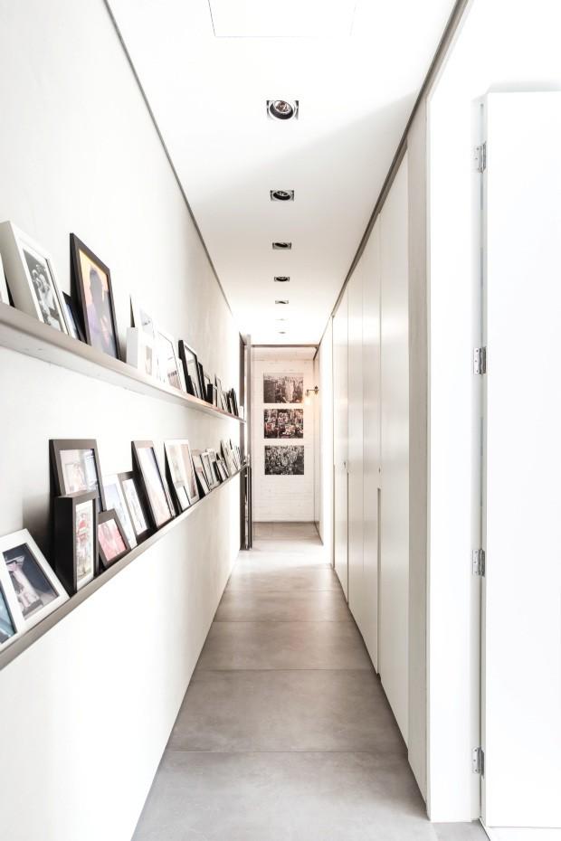 Apartamento proetado pelo escritório Basiches Arquitetos Associados - Neutro com vida (Foto: Ricardo Bassetti / Divulgação)