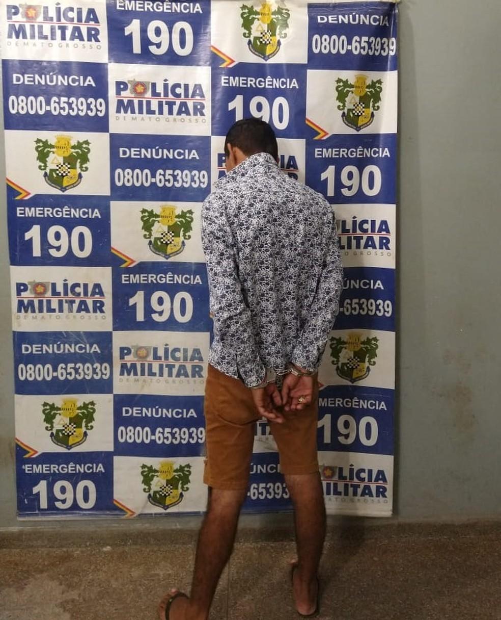 Marido foi preso por agredir mulher com mordidas e tijolada em Rondonópolis — Foto: Polícia Militar de Mato Grosso/Assessoria