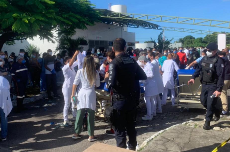 Incêndio em ala Covid do Hospital Nestor Piva em Aracaju; FOTOS e VÍDEOS