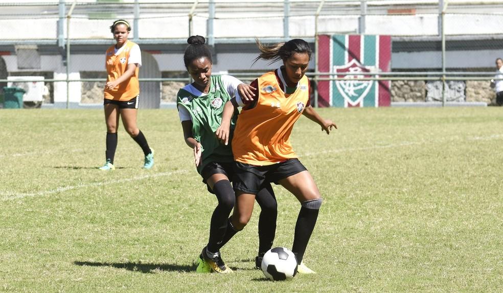 O Fluminense realizou três peneiras na reta final de 2018 para auxiliar na montagem do time feminino — Foto: Mailson Santana