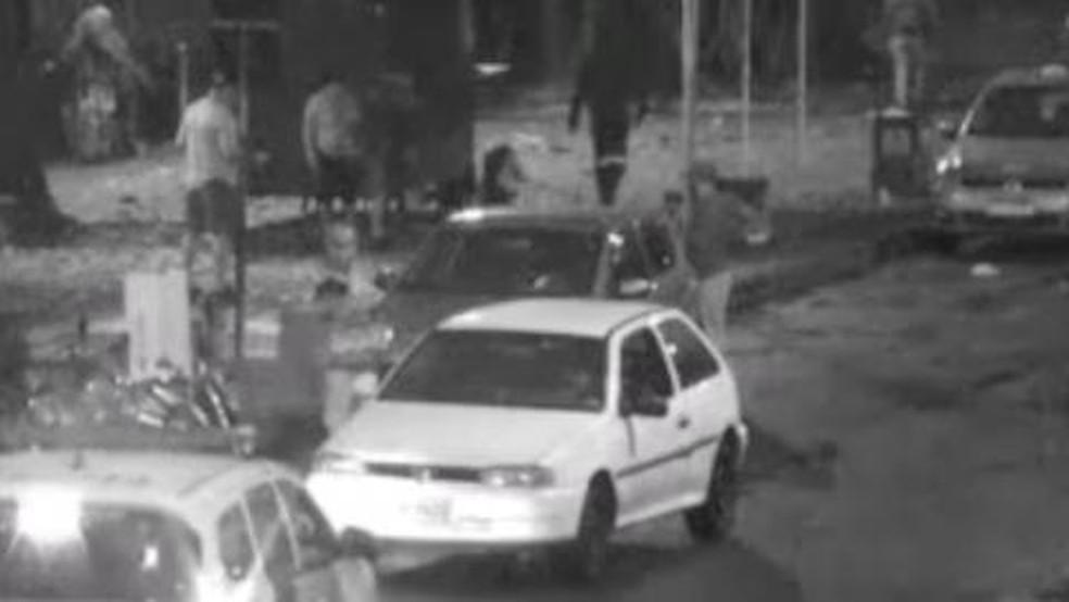 Casal suspeito de furtar loja de informática foi identificado e detido em Santos— Foto: Divulgação/Prefeitura de Santos