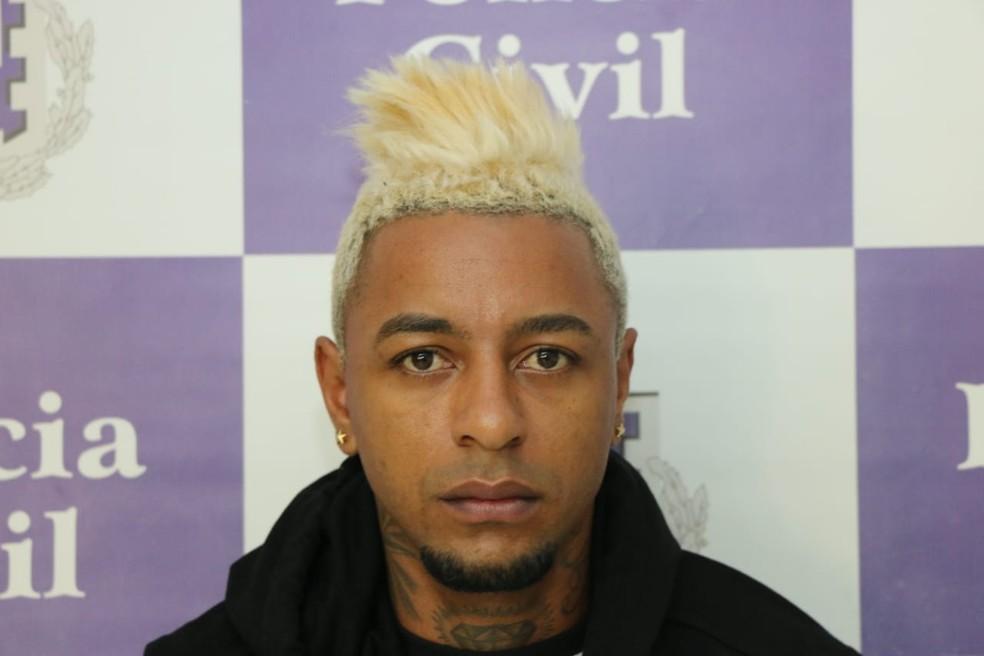 Digital influencer que atirou e matou  empresário na Bahia se entrega à polícia — Foto: Divulgação/Secretaria de Segurança Pública da Bahia (SSP-BA)