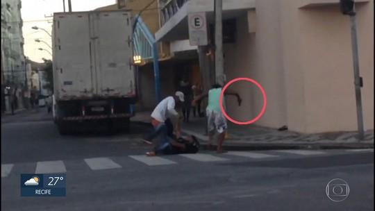 Homem é esfaqueado após demorar a entregar pertences durante assalto em terminal de ônibus no Recife