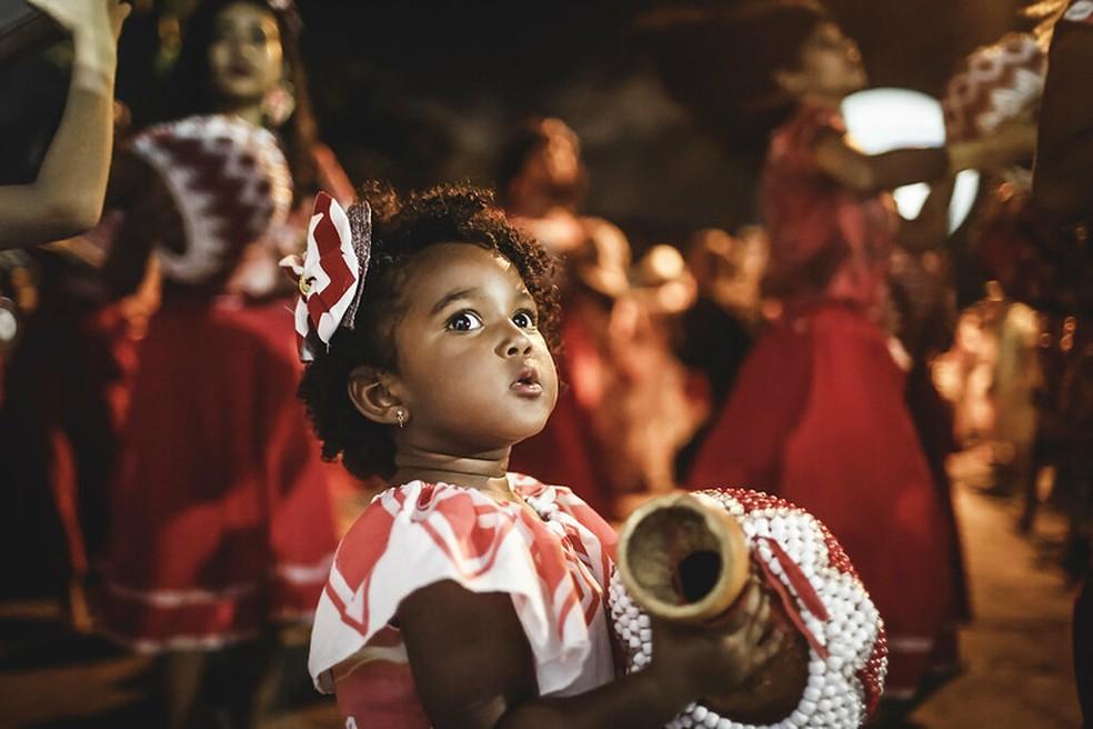 Maracatu Nação Encanto da Alegria abre a temporada oficial de prévias do carnaval do Recife — Foto: Andrea Rego Barros/ PCR Imagem