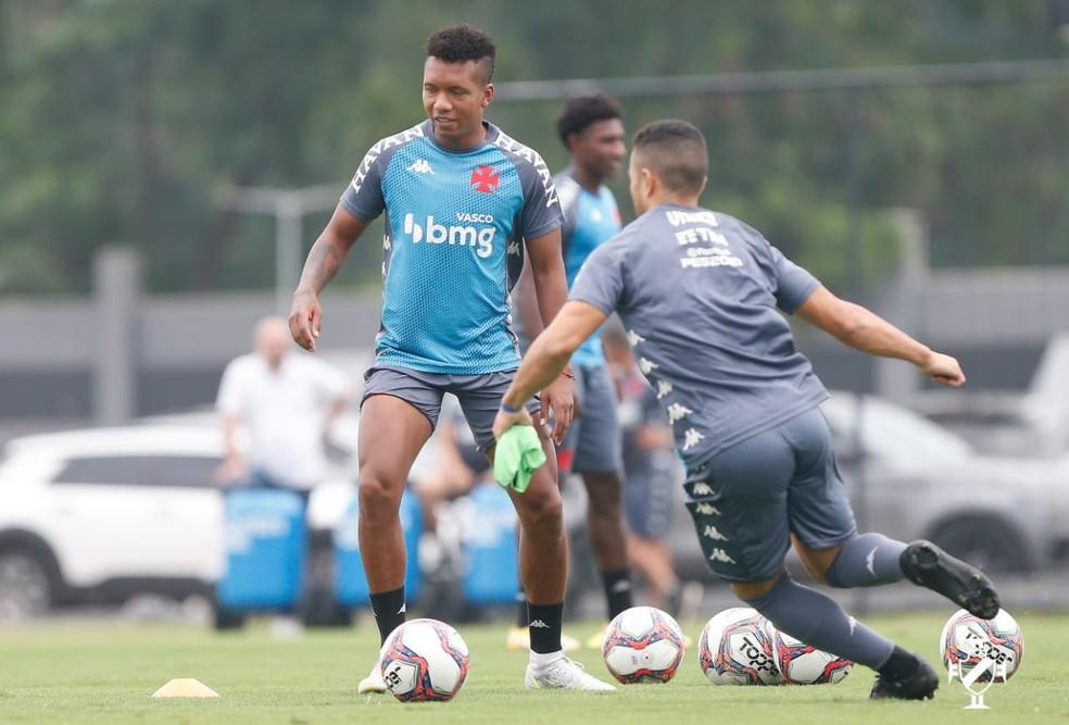 Sanchéz foi anunciado no fim de agosto e vem treinando desde o início de setembro no Vasco — Foto: Rafael Ribeiro / Vasco