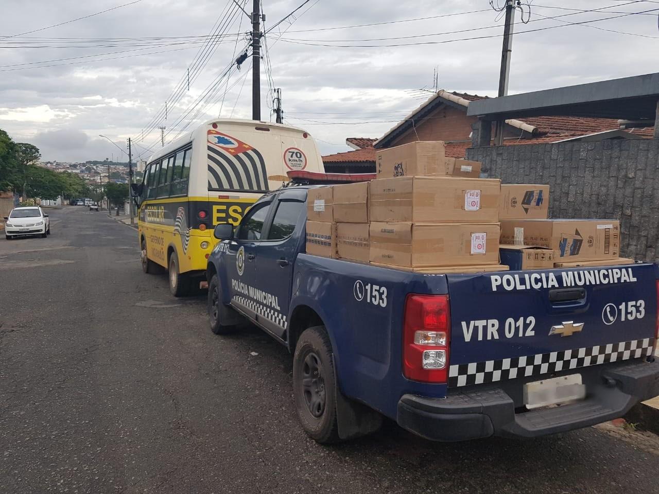 Guarda Municipal apreende maconha e carga de cigarro em Santo Antônio de Posse  - Radio Evangelho Gospel