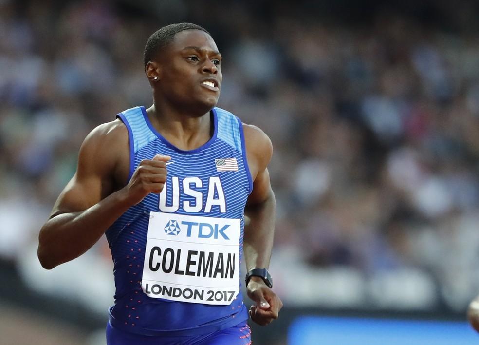 Christian Coleman deixou Usain Bolt para trás nos 100m em Londres (Foto: Reuters)
