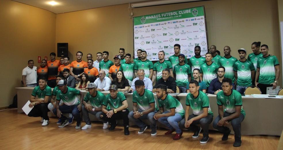 Elenco do Manaus FC para o Amazonense 2018 (Foto: Marcos Dantas)