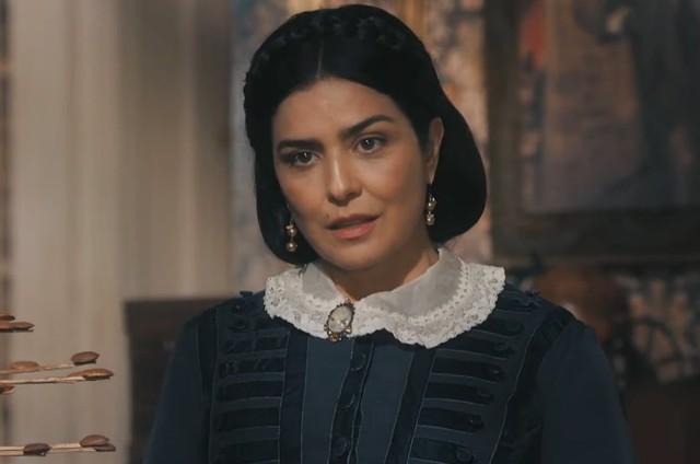 Leticia Sabatella é Teresa Cristina em 'Nos tempos do imperador' (Foto: TV Globo)