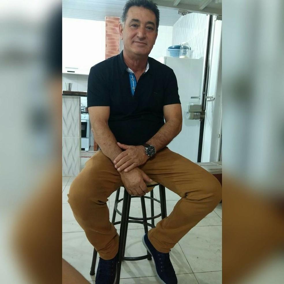 Baltazar Augusto de Menezes, de 58 anos, se matou depois de atirar na ex-namorada em Nova Xavantina — Foto: Facebook/Reprodução