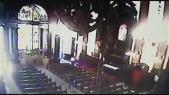 VÍDEO: imagem mostra momento do tiroteio que matou cinco na Catedral de Campinas