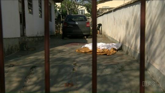 Suspeito de matar esposa e esfaquear enteado deu gargalhadas ao ser preso, diz polícia