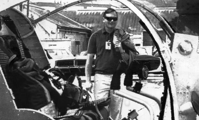 Neil Armstrong em todo de 13 de julho de 1969, três dias antes do início da viagem à Lua