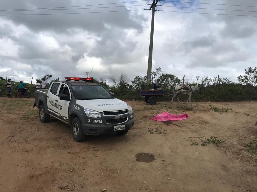 Crime aconteceu na zona rural de Monte Alegre, na madrugada desta terça-feira (18) — Foto: Kleber Teixeira/Inter TV Cabugi