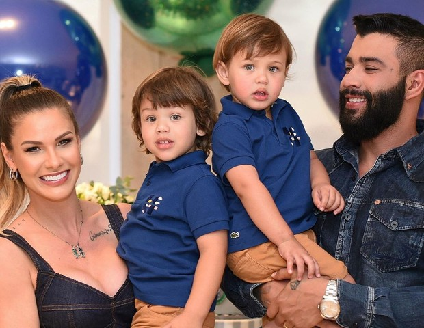 Andressa Suita comenta suposta gravidez de filho com Gusttavo Lima - Quem | QUEM News