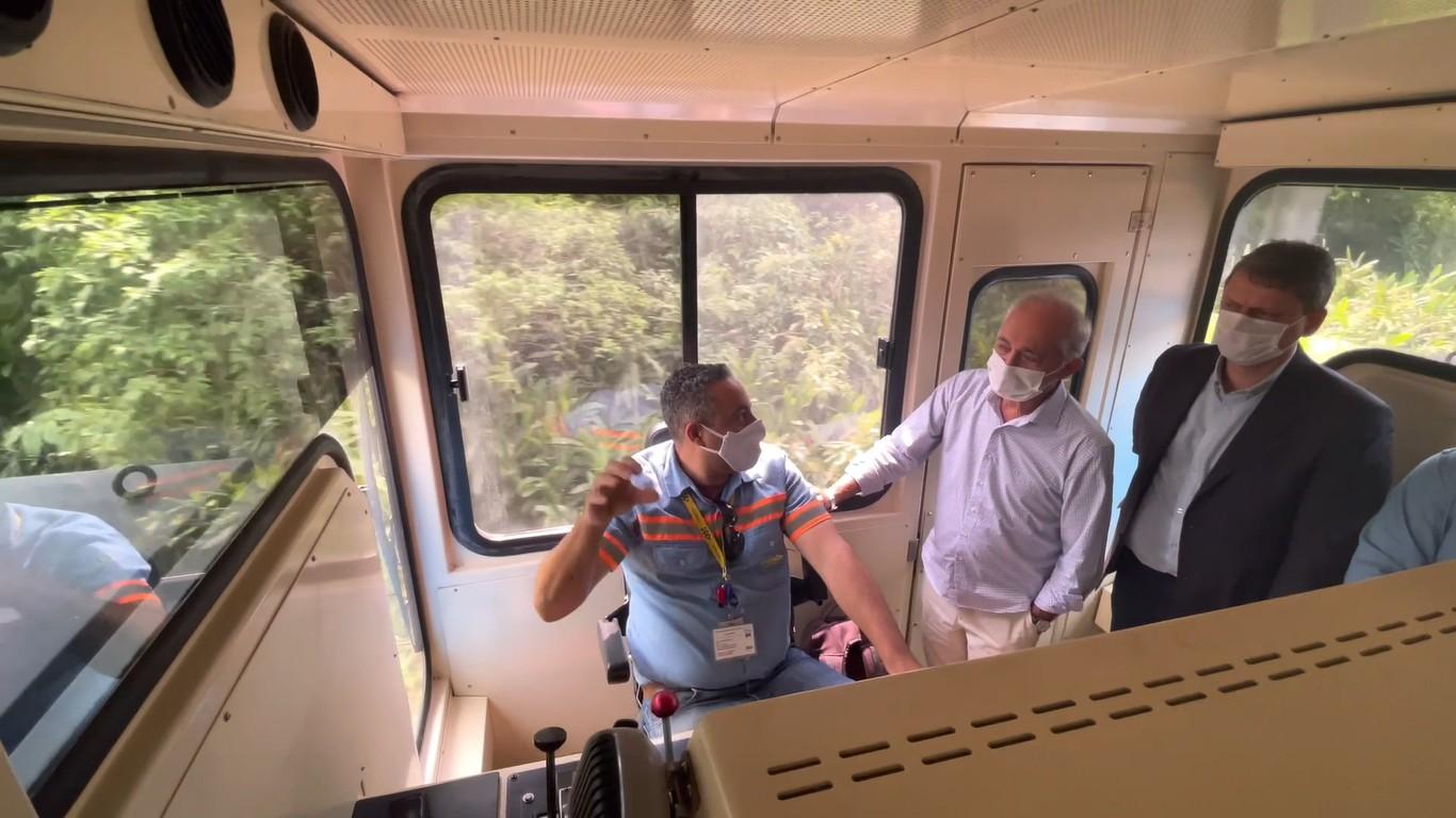 Ministro da Infraestrutura visita Porto de Santos e comenta investimentos para expansão da malha ferroviária