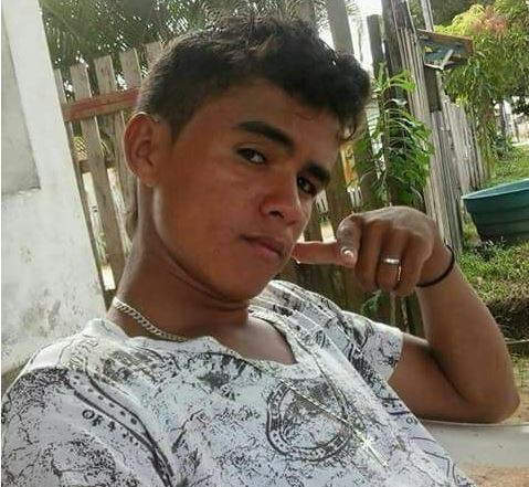 Pai encontra corpo de jovem que havia caído em igarapé no interior do Acre