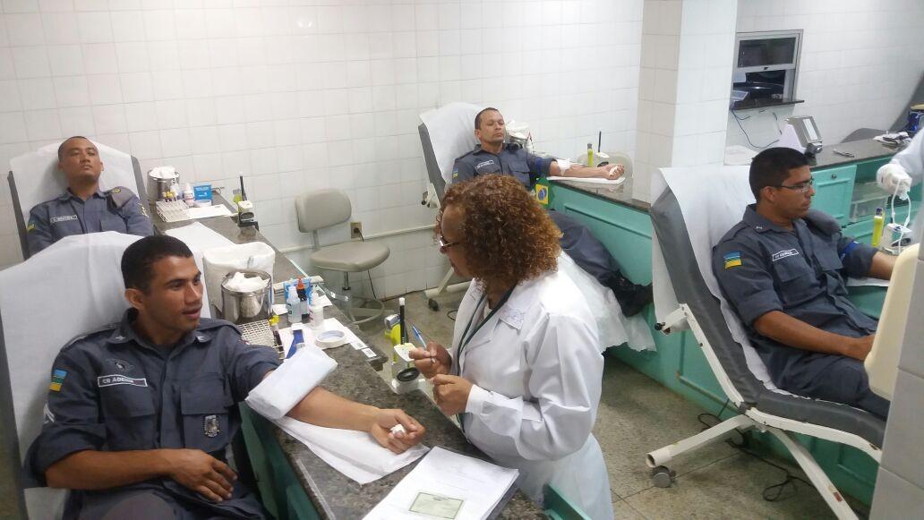 Policiais do Bope doam sangue no período de Copa do Mundo e festas juninas no AP