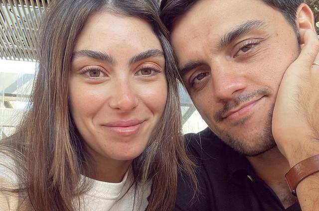 Mariana Uhlmann e Felipe Simas (Foto: Reprodução)