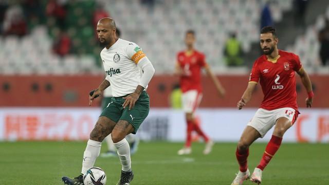 Felipe Melo, do Palmeiras, em ação contra o Al Ahly