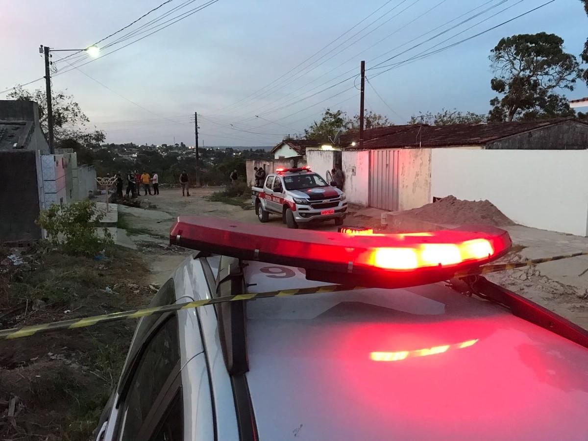 Jovem é assassinado a tiros na Região Metropolitana de João Pessoa