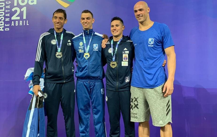 Quarteto voa nos 200m livre no Maria Lenk e confirma vaga no Pan de Lima e Mundial da Coreia