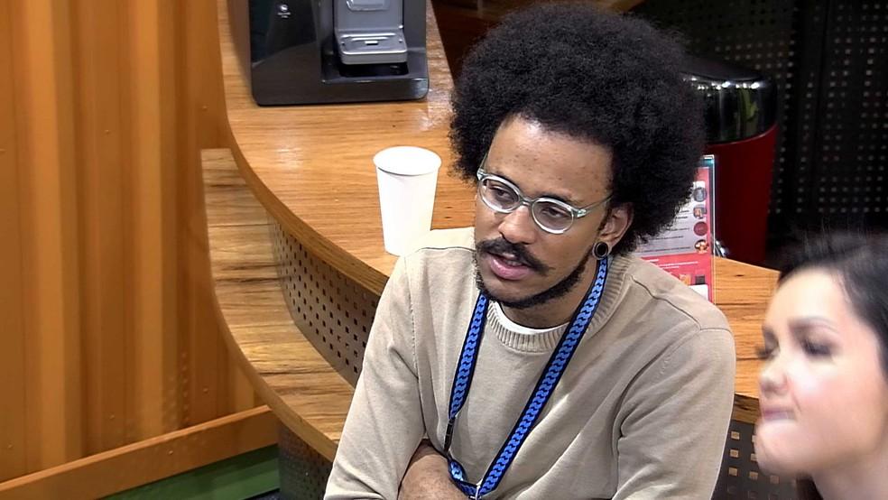 João Luiz comenta sobre seu pódio dentro do BBB21: 'Eu não sei quem seria o meu terceiro lugar' — Foto: Globo