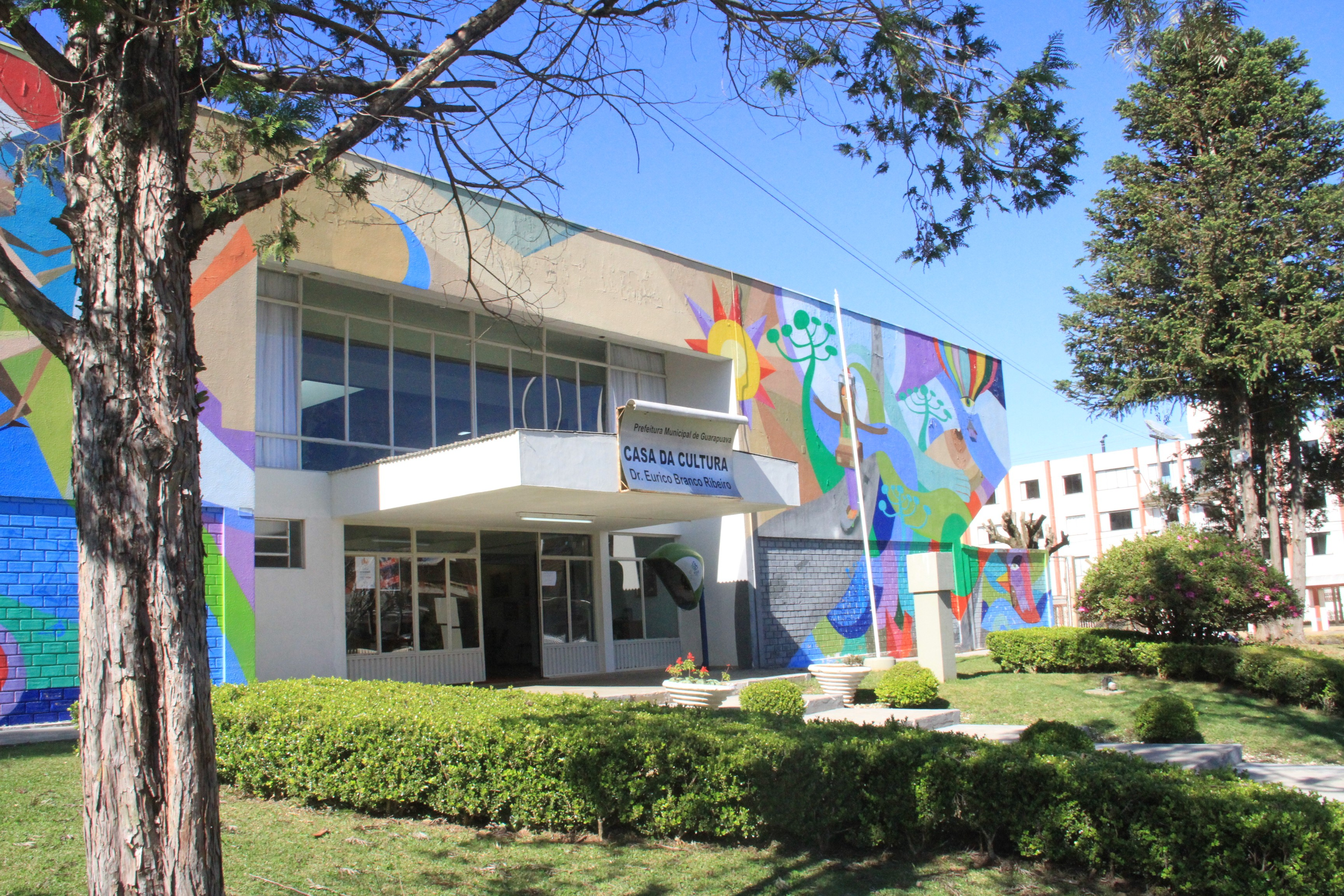 Guarapuava oferece cursos culturais gratuitos para crianças e adultos; veja como se inscrever