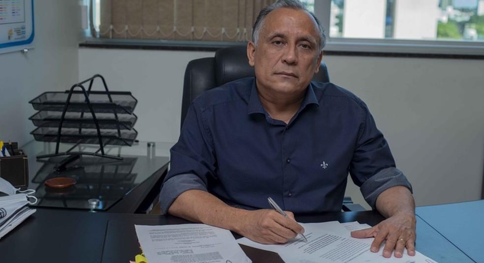 Secretário de segurança Luiz Cláudio Benício pediu exoneração do cargo — Foto: Luciana Pires/Prefeitura de Palmas/Divulgação