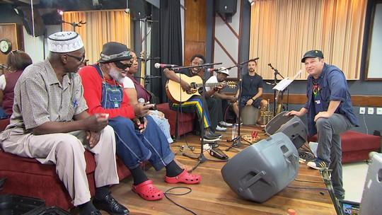 Banda Playing for Change une músicos do mundo inteiro para promover a paz