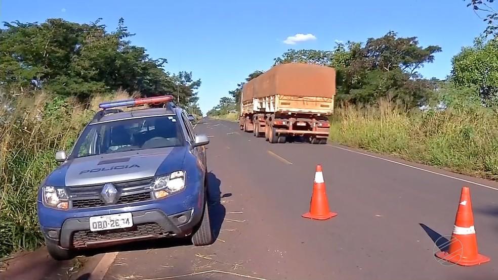 Acidente ocorreu na MT-358, nesse sábado (23), em Tangará da Serra (Foto: TVCA/Reprodução)