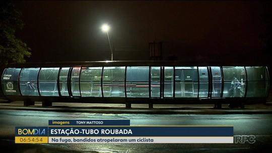 Dois homens são presos depois de roubarem estação-tubo e atropelarem ciclista, em Curitiba