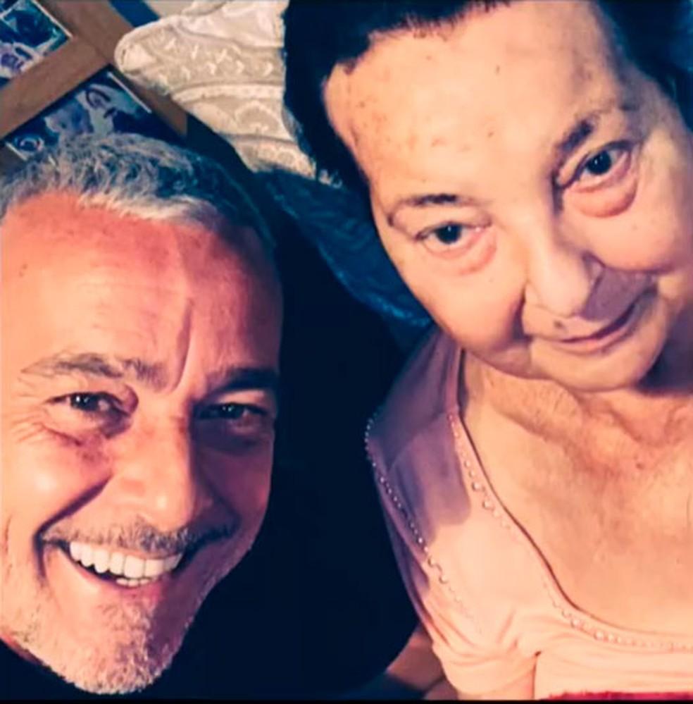 Alexandre Borges e a mãe — Foto: Reprodução/Instagram