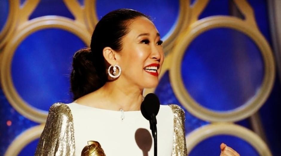 Sandra Oh, uma das apresentadoras e também premiada no Globo de Ouro 2019 (Foto: Facebook/Golden Globes)