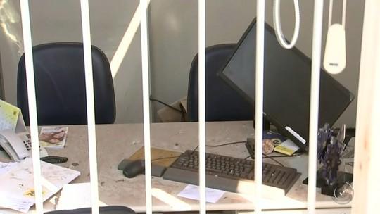 Criminosos destroem agência bancária com explosivos em Planalto
