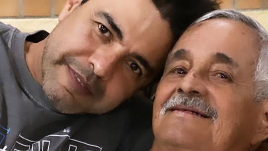 Zezé di Camargo e Luciano lamentam a morte do pai, Francisco, e recebem carinho de famosos
