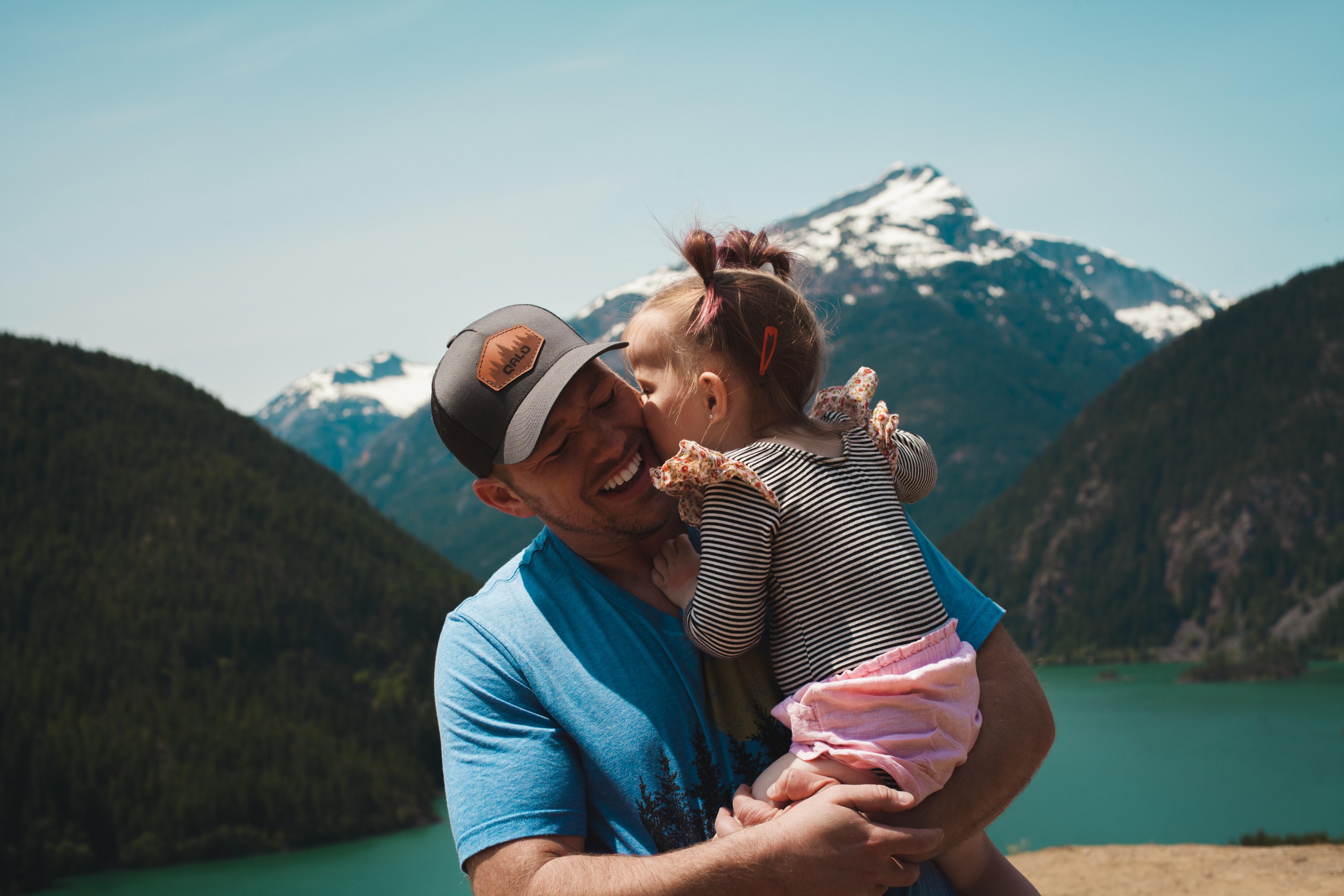 Viaje com seus filhos sem preocupação (Foto: Josh Willink/Pexels)