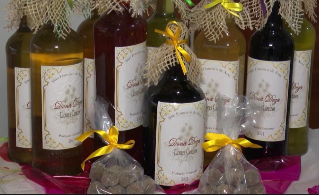 Artesã do sudoeste da BA ensina o preparo de receitas juninas à base de jenipapo; confira