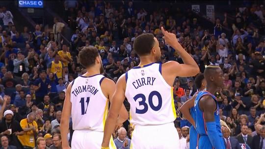 Curry dá show, e Warriors estreiam na temporada com vitória sobre o Thunder