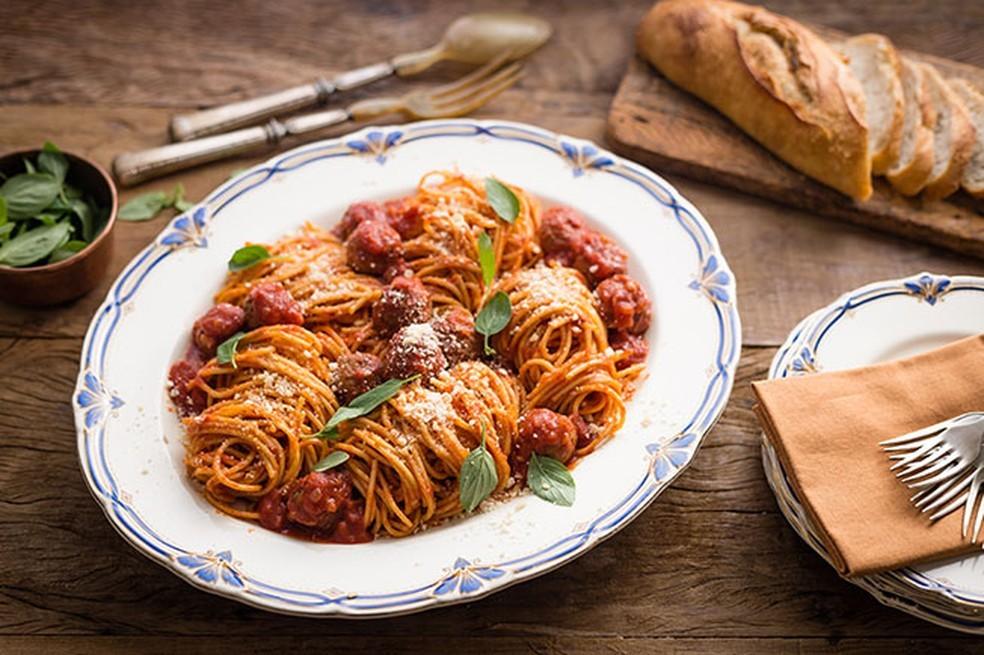 Espaguete com Almôndegas — Foto: Globo