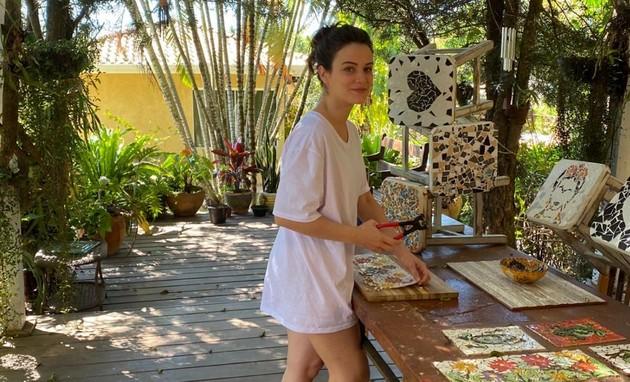 Bianca Bin produz mosaicos na quarentena (Foto: Arquivo pessoal)