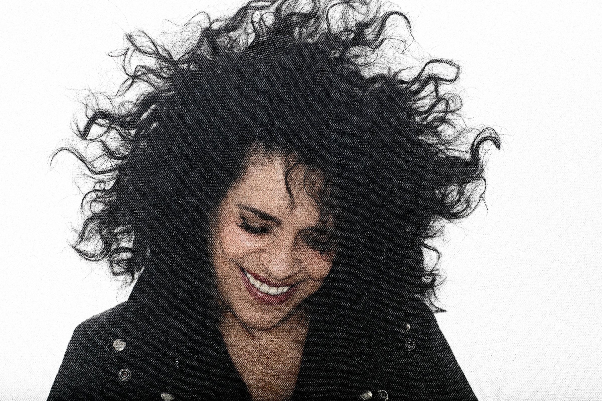 Gal Costa se joga na pista da 'disco music' em single do álbum 'A pele do futuro' 2