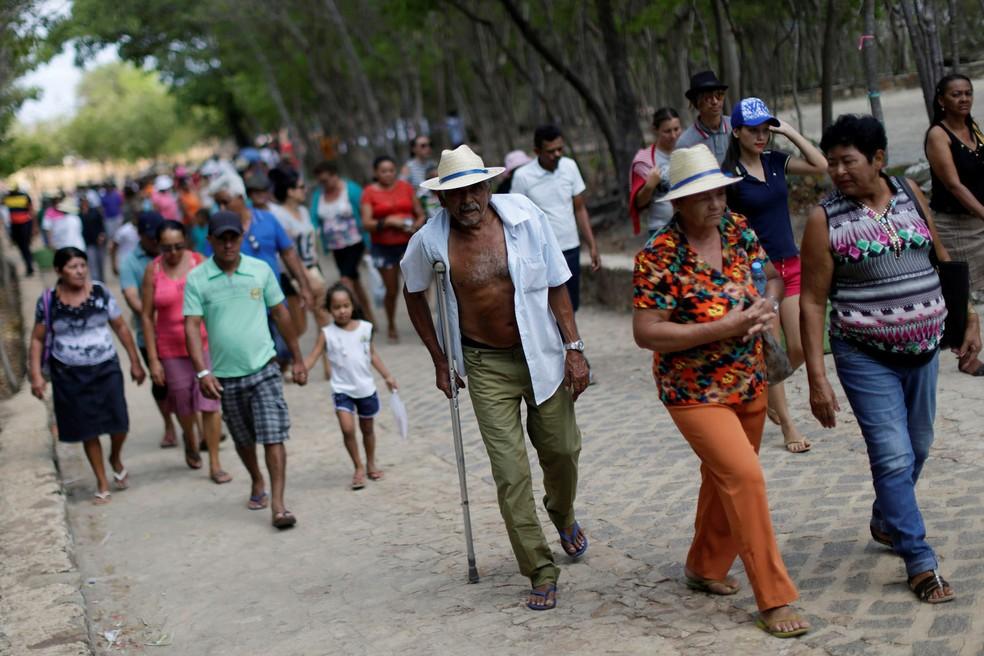Romarias em celebração a padre Cícero reúnem centenas de milhares de fiéis em Juazeiro do Norte, no interior do Ceará — Foto: Ueslei Marcelino/Reuters