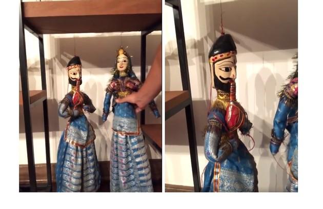 Bonecos comprados pelo ator na Índia. Ele diz ter adquirido por tradição ter aparecido em 'A noviça rebelde' (Foto: Reprodução)