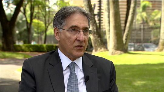 PF cumpre mandados de busca e apreensão na casa do ex-governador petista Fernando Pimentel