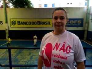 """Vera Lúcia dos Santos, educadora e moradora de Heliópolis: """"não me sobra nada"""" (Foto: Amanda Previdelli/G1)"""