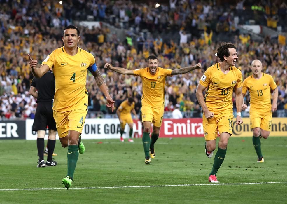 Maior artilheiro da história da seleção australiana, Cahill liderou equipe em jogo decisivo (Foto: Getty Images)