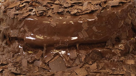 Bolo de chocolate: confira 5 receitas simples e fáceis para fazer em casa